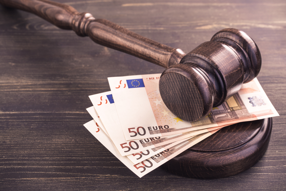 TheMerkle OneCoin Fined Italy